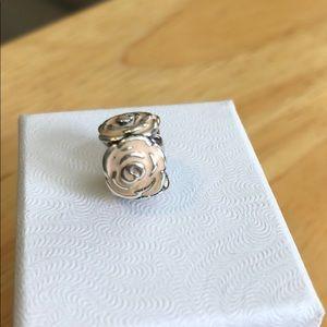 charms pandora rose pale